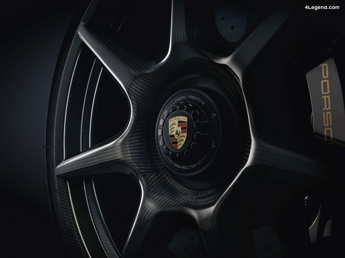 Des jantes en fibre de carbone tressée en option pour la Porsche 911 Turbo S Exclusive Series