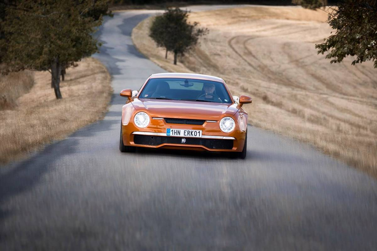 HN R200 Non-Fiction - Une voiture en hommage à la Škoda 130 RS sur la base d'une Audi R8
