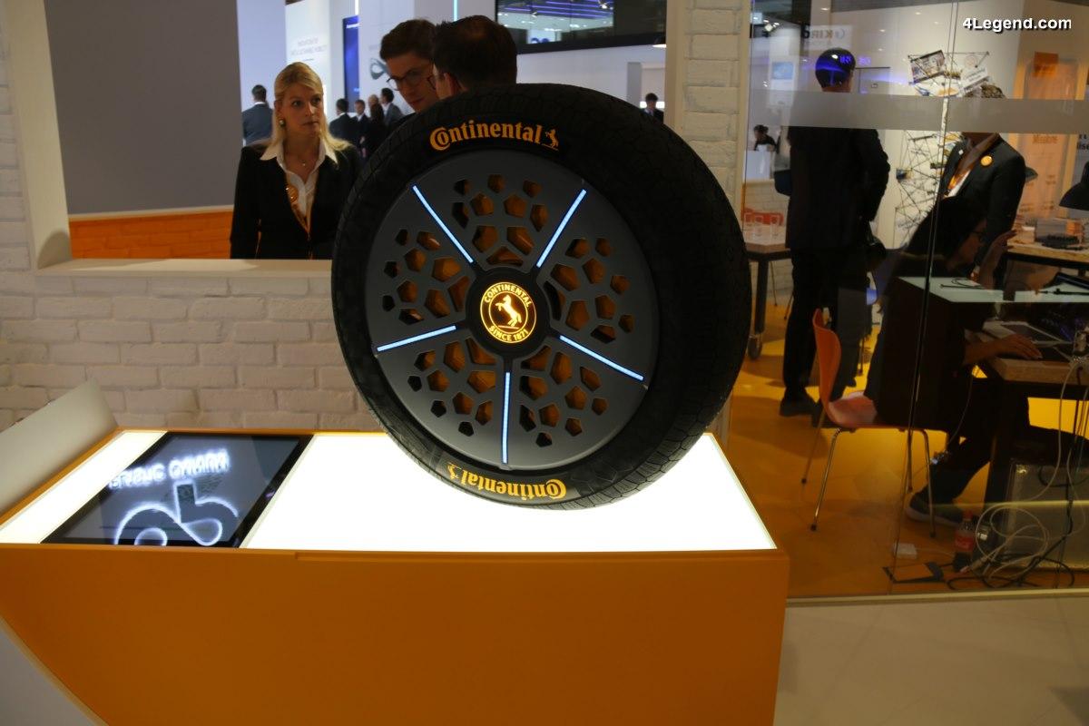 IAA 2017 - Continental présente sa vision des pneus du futur avec les technologies ContiSense et ContiAdapt