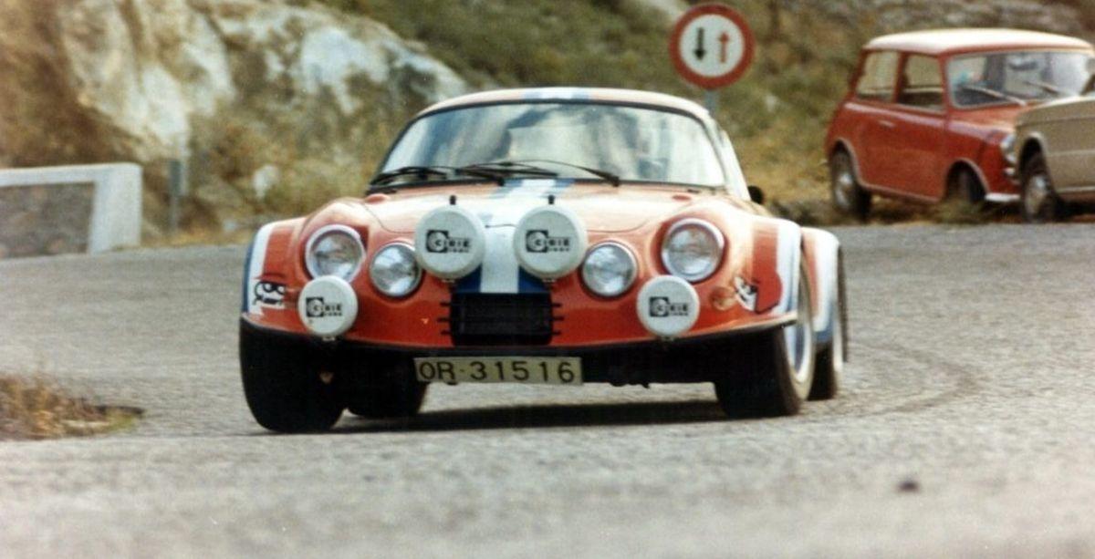 Alpinche - Une Alpine A110 espagnole dotée d'un moteur Flat 6 de Porsche 911 R