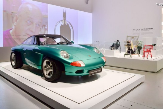 Exposition « Driven by German Design » mettant en avant Porsche, Audi et VW au Qatar Museums Gallery Al Riwaq