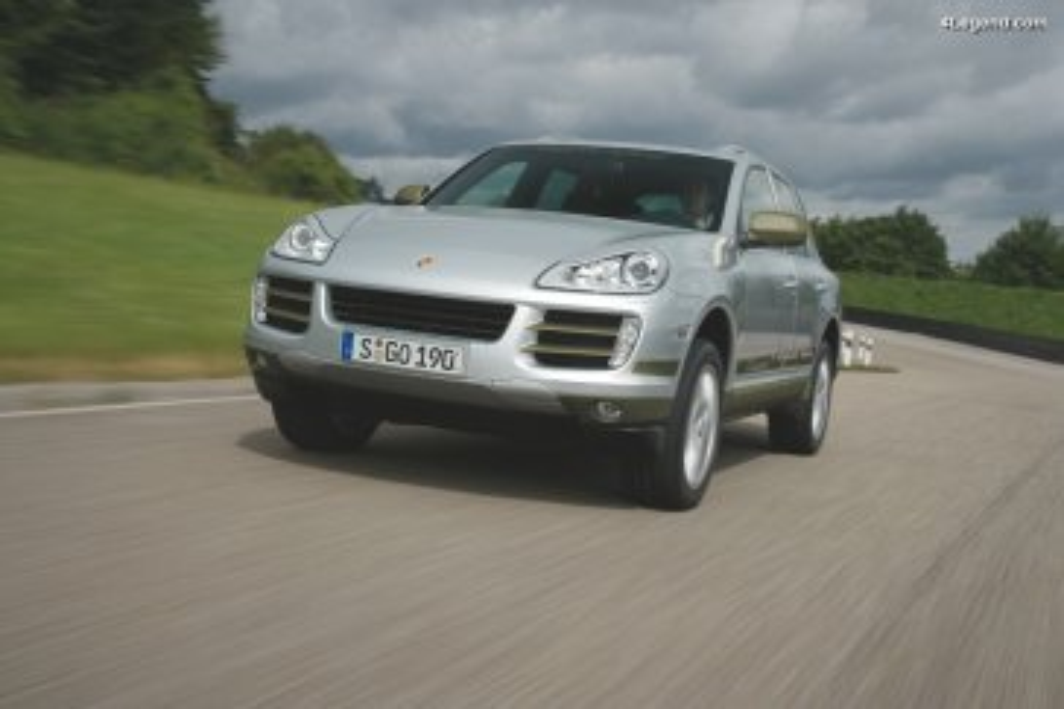 Porsche Cayenne Hybrid de 2007 & Porsche Cayenne S Hybrid de 2009 - Prototypes testant le premier système hybride Porsche