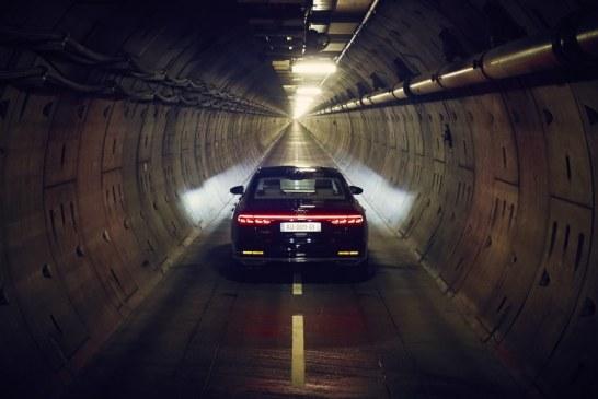 Une expérience inédite à bord de la nouvelle Audi A8 dans le tunnel sous la manche – #forgetthetime