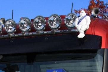 Retour de l'emblématique bonhomme Michelin sur les cabines de camion