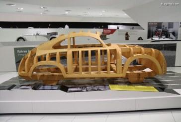 Porsche 356 Holzklopfmodell servant à façonner la carrosserie des 356 Gmünd