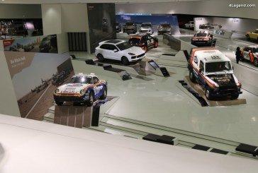 Exposition «Neue Wege. Jedes Ziel. Immer Porsche.» au Porsche Museum célébrant le Porsche Cayenne et ses ancêtres