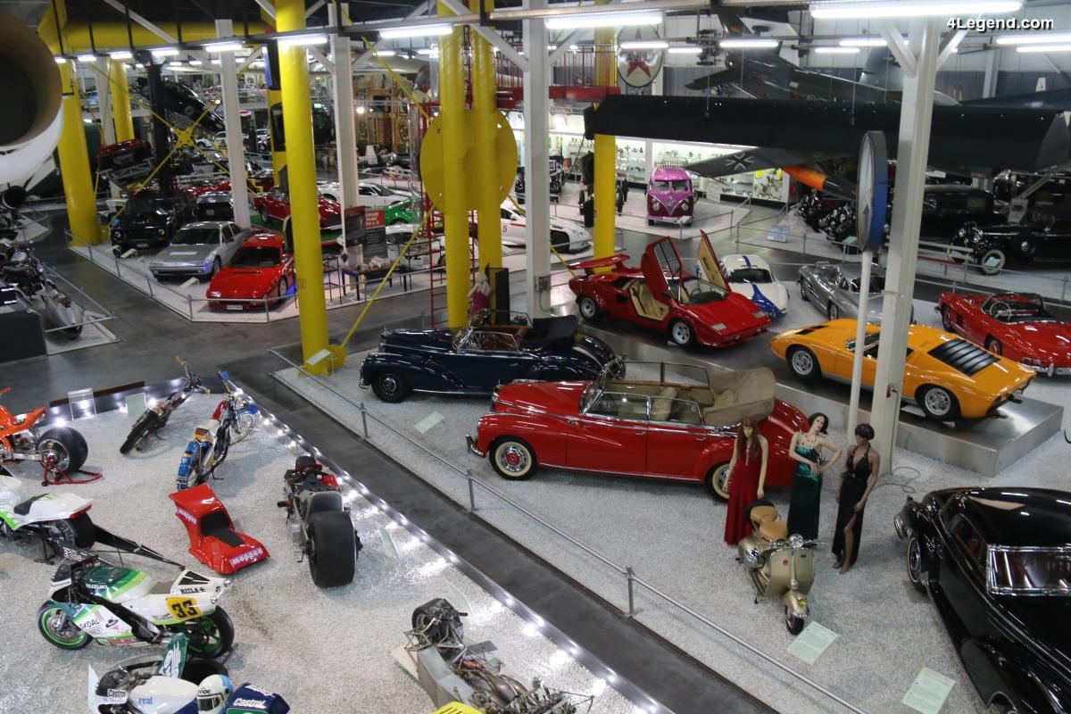 Visite de l'Auto & Technik Museum Sinsheim - Hall 2 dédié aux voitures et aux locomotives