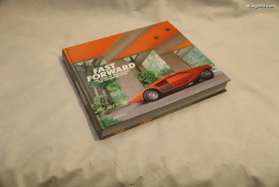 """Livre """"Fast Forward – The cars of the future, the future of cars"""" – Edition gestalten"""