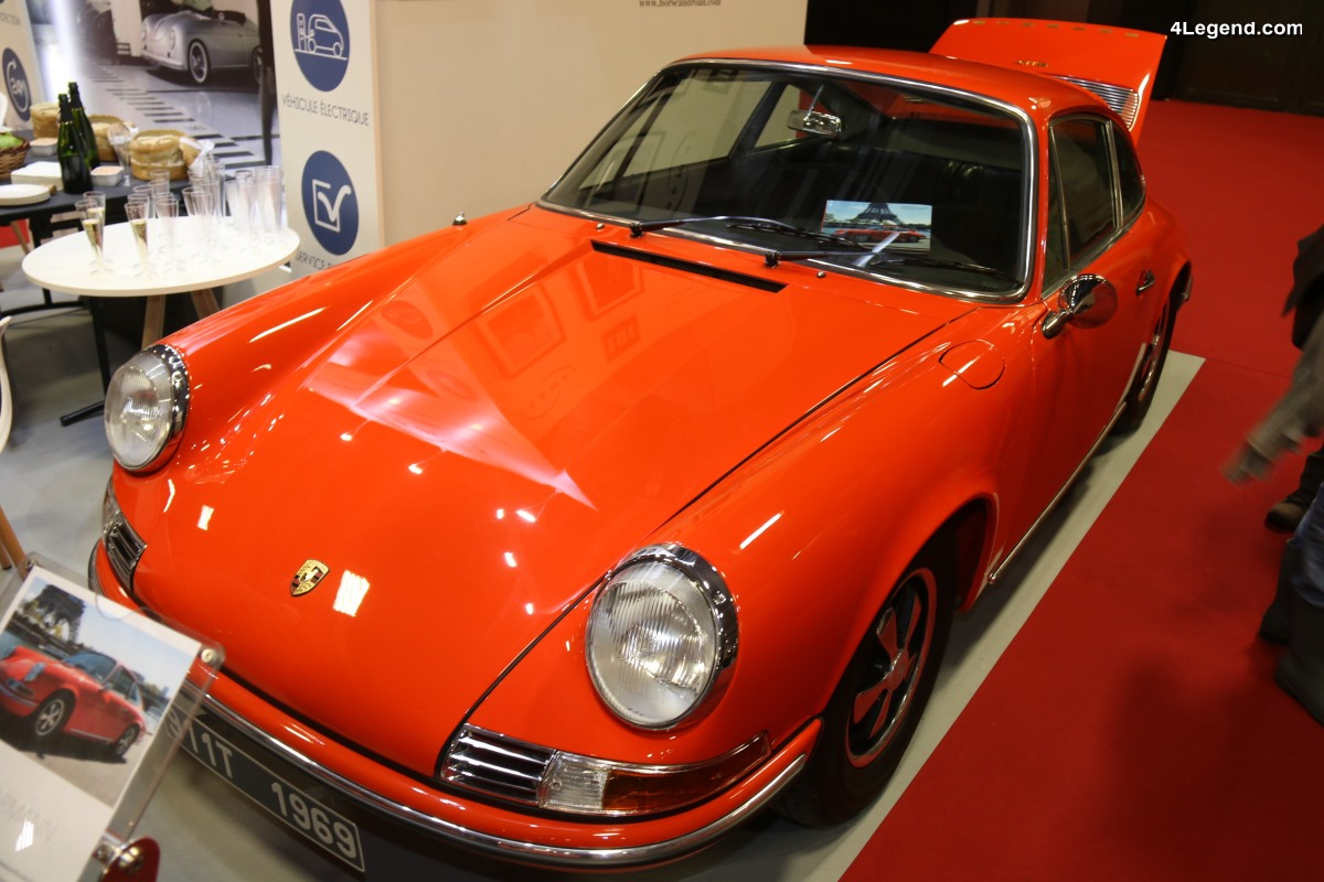 Rétromobile 2018 - Une rare Porsche 911 T 2.0 Karmann châssis court de 1969