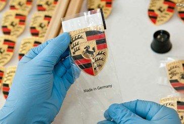 Histoire et refabrication des écussons Porsche des 356 et des premières 911