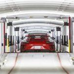 Porsche réduit les émissions de CO2 grâce au transport logistique durable par train et par camion