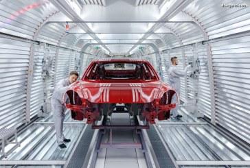 Présentation des 6 étapes permettant de peindre parfaitement une Porsche