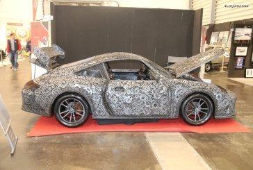 TCE 2018 - Une insolite sculpture de Porsche 911 GT3 RS à l'échelle 1:1 en métal de récupération