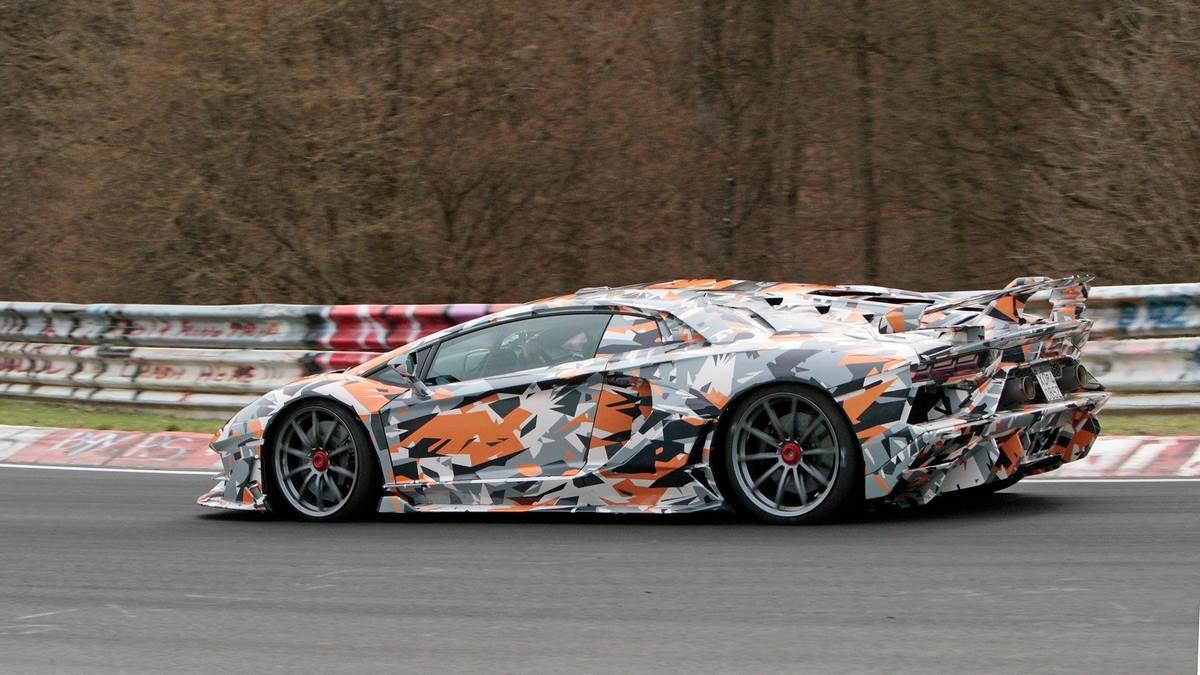 Spyshots Lamborghini Aventador Svj La Plus Puissante Des Lamborghini 4legend Com