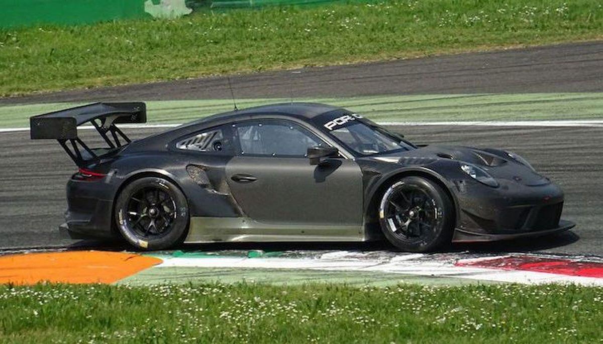 Spyshots Porsche 911 GT3 R, Cayman GT4 Clubsport, 911 GT3 Cup à Monza