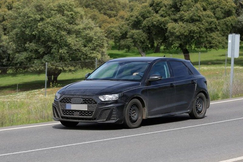 spyshots audi a1 sportback 2018 quasiment sans camouflage. Black Bedroom Furniture Sets. Home Design Ideas