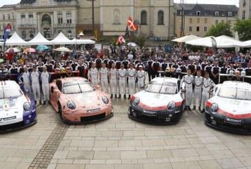 24H Mans 2018 – Vérifications techniques des Porsche 911 RSR au centre-ville du Mans