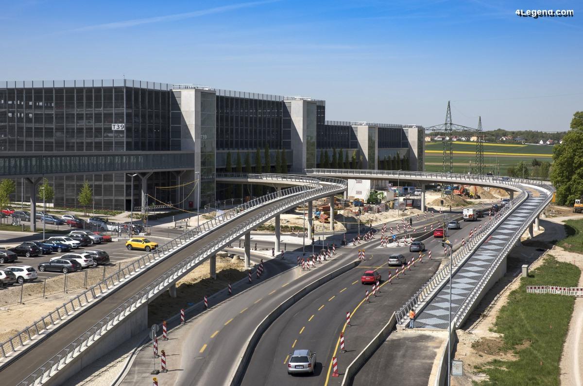 Une nouvelle rampe de sortie de parking du département de développement technique à l'usine Audi d'Ingolstadt