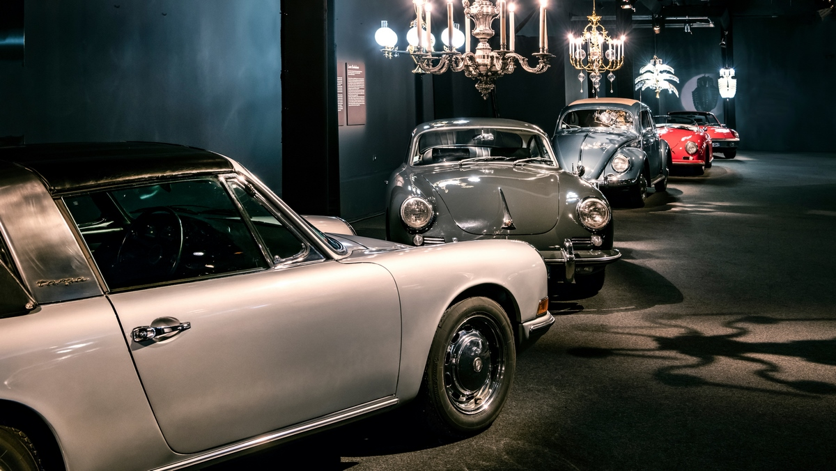 Exposition des Chefs-d'oeuvre de la collection Porsche de Régis Mathieu à la Cité de l'Automobile