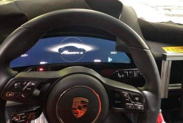 Spyshots de l'intérieur de la Porsche Taycan : instrumentation numérique