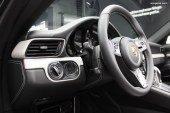 Anecdote – Pourquoi la clé de contact est-elle à gauche sur la plupart des modèles Porsche?