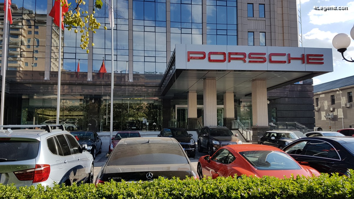 Porsche Centre Beijing Central - Une concession Porsche en plein centre de Pékin