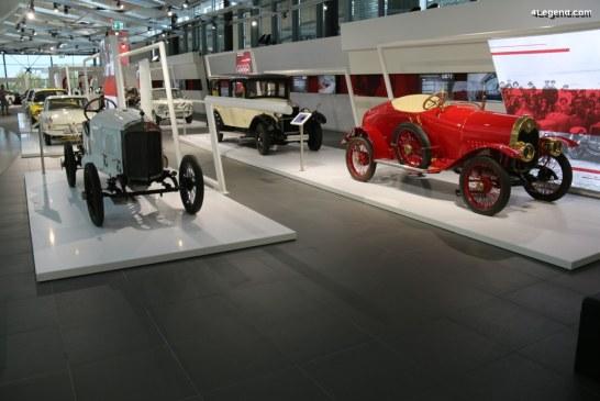 Exposition «L'histoire des 4 anneaux» à l'Audi Forum Neckarsulm