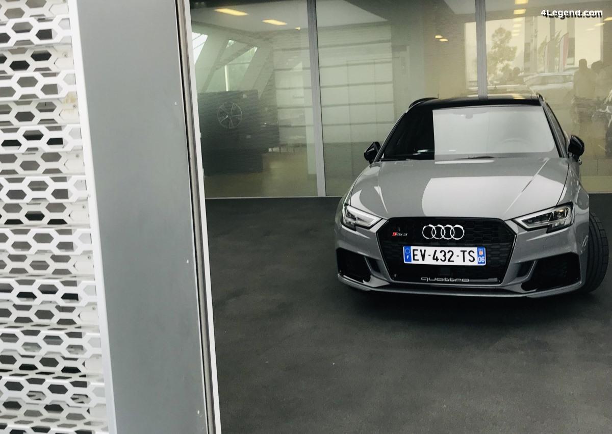 Livraison d'une Audi RS 3 Sportback à la concession Audi Mougins