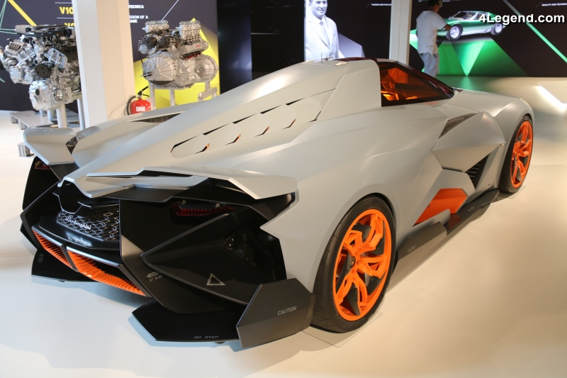 lamborghini egoista de 2013 un concept car inspir d un avion de chasse. Black Bedroom Furniture Sets. Home Design Ideas