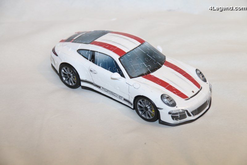 montage du puzzle 3d de la porsche 911 r de ravensburger. Black Bedroom Furniture Sets. Home Design Ideas
