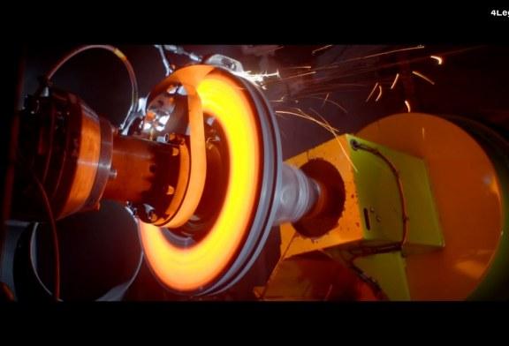 Impressionnants tests des étriers de frein Bugatti imprimés en 3D