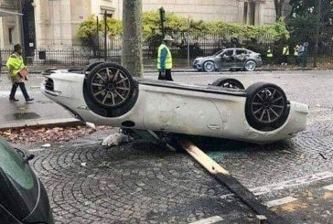 Destruction d'une Porsche 911 à Paris par des gilets jaunes