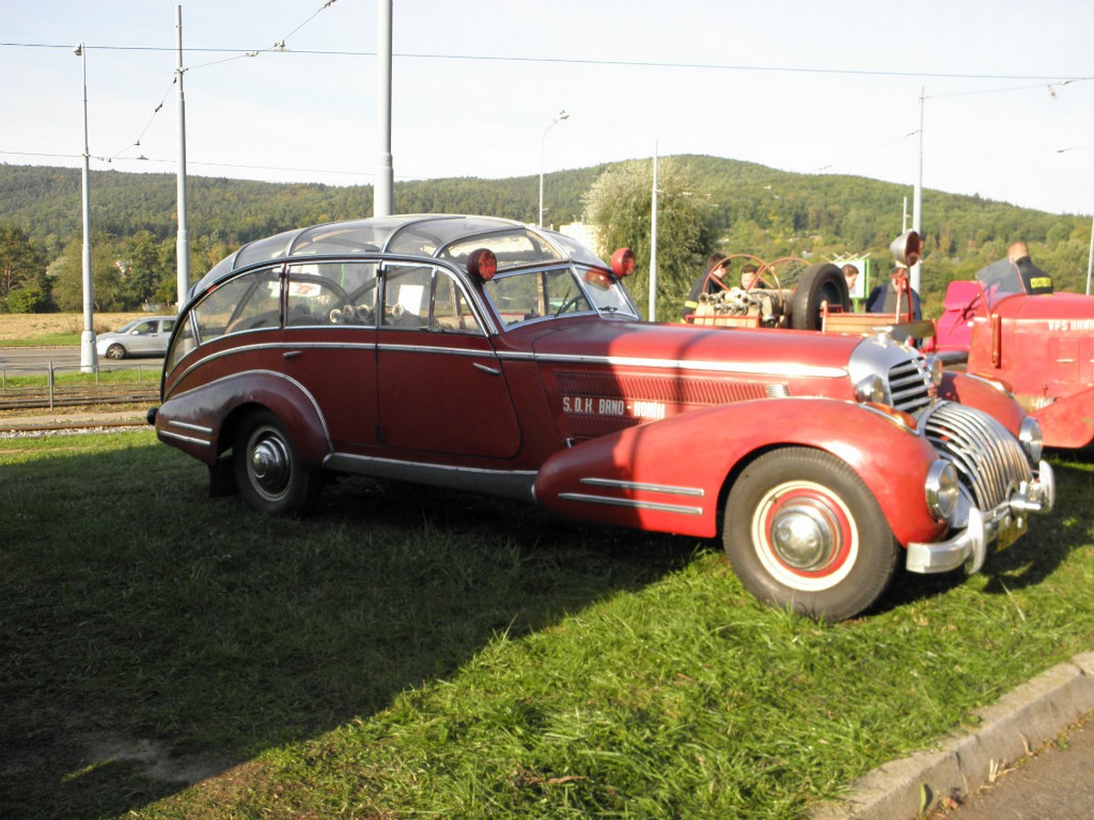 Horch 853 AS 12 Lepil de 1938 - Une voiture de pompier unique