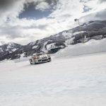 Démonstration de la Porsche Cayman GT4 Rallye Concept sur la neige et la glace