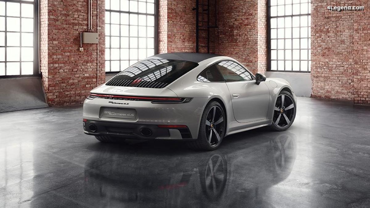 Nouvelle Porsche 911 Carrera S avec toit carbone par Porsche Exclusive Manufaktur
