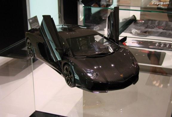 Miniature Lamborghini Aventador LP 700-4 au 1:8 à plus de 3,5 millions d'euros