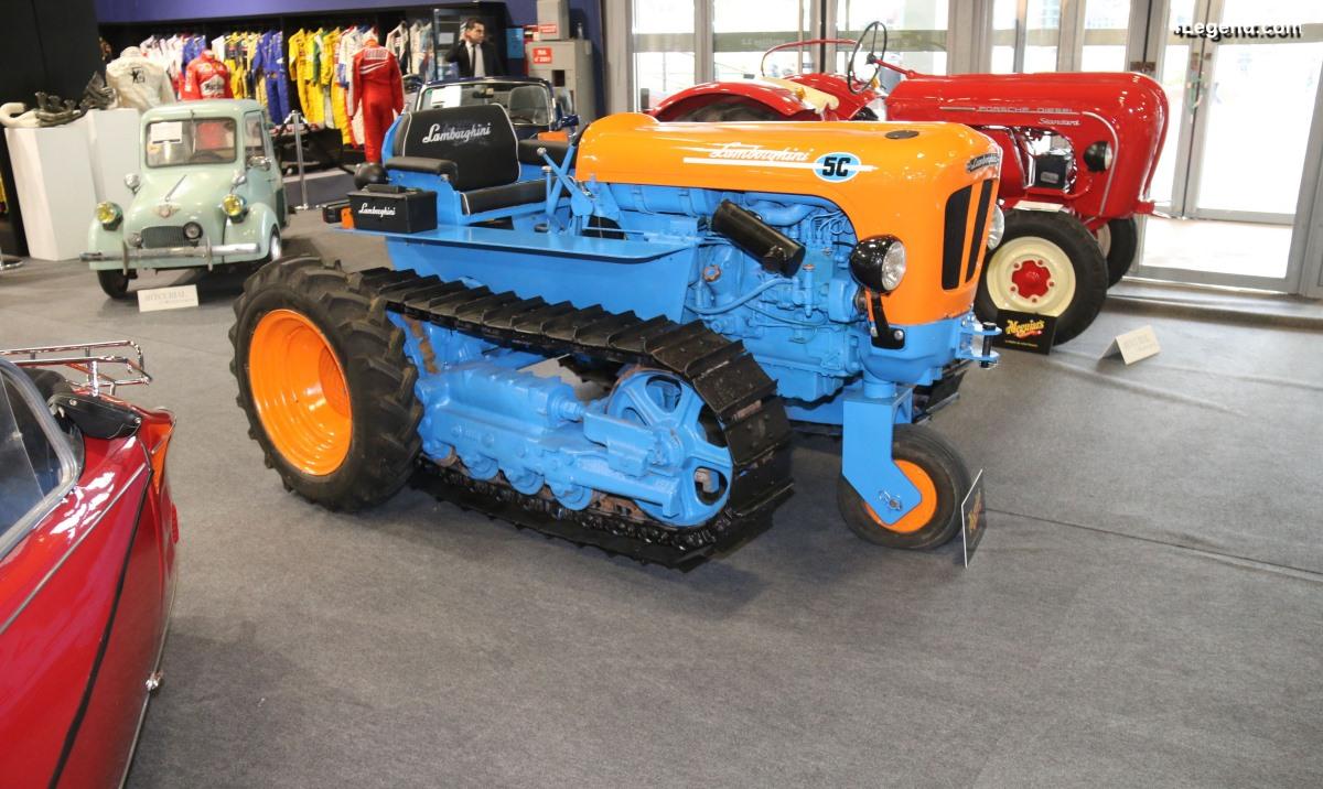 Rétromobile 2019 - Tracteur chenillé Lamborghini 5C Ercole tricycle de 1961
