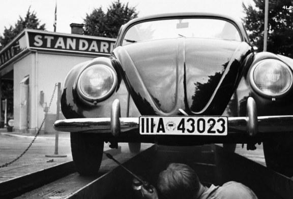 Volkswagen VW 39 fabriquée par Porsche en 1939 : l'ancêtre de la Coccinelle