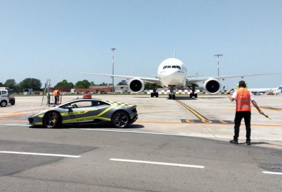 Une nouvelle Lamborghini Huracán «Follow Me Car» pour l'aéroport de Bologne