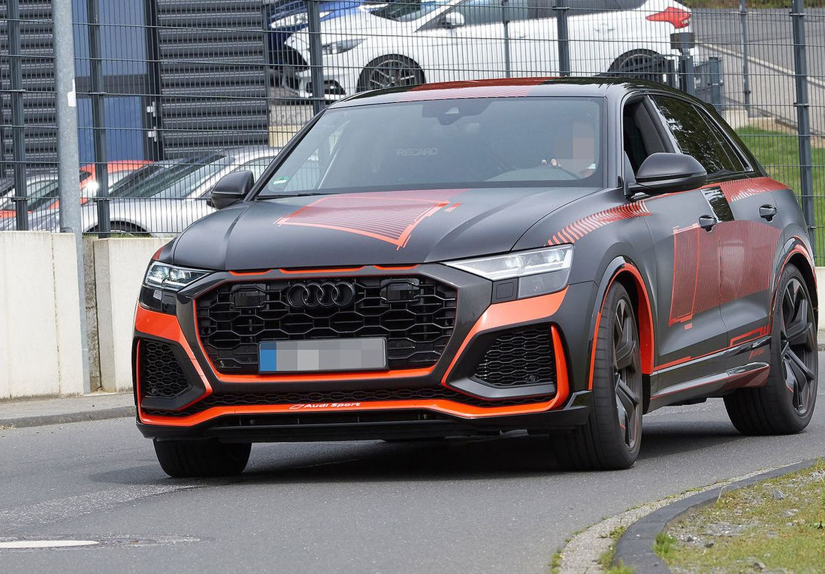 L'Audi RS Q8 se dévoile entièrement au Nürburgring