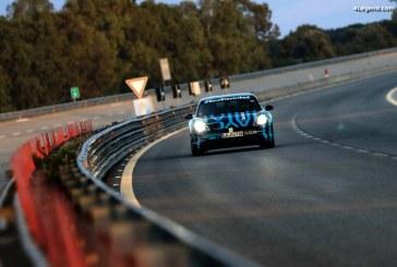Tests d'endurance de 24h du Porsche Taycan sur le circuit de Nardò
