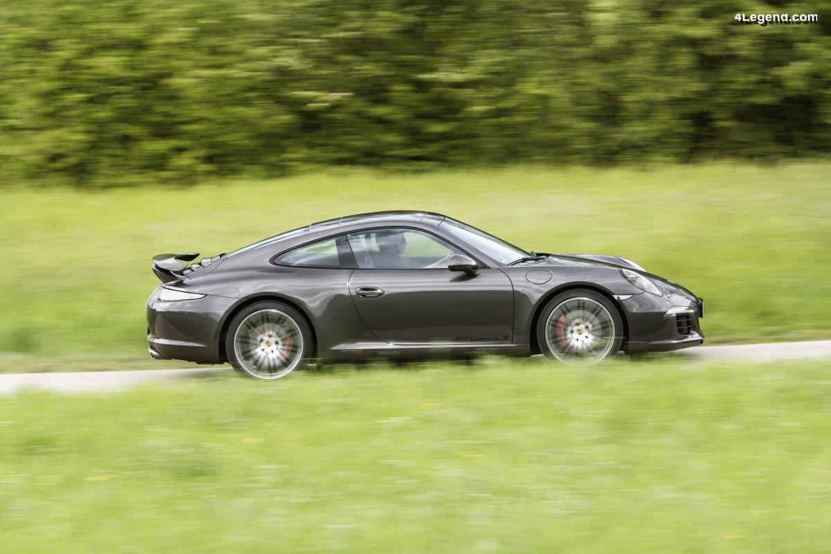 Un énorme rappel de 230 000 véhicules Porsche et VW pour un problème d'airbags et de ceintures