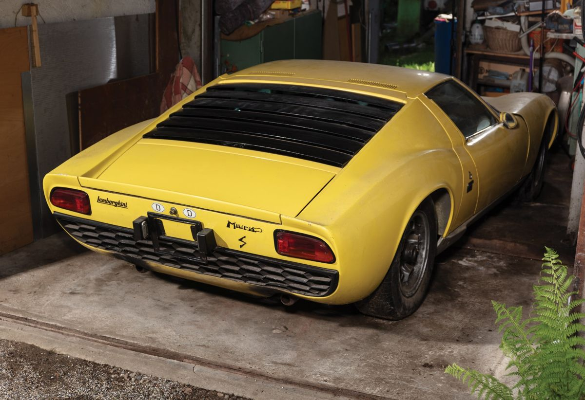 Une Lamborghini Miura S de 1969 vendue 1,44 million d'euros