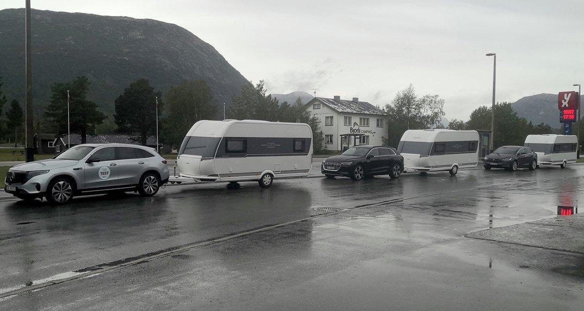 Essais Audi e-tron, Tesla Model X & Mercedes-Benz EQC avec une caravane