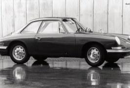 Histoire des modèles Porsche à 4 places : de la 356 Type 530 au Taycan