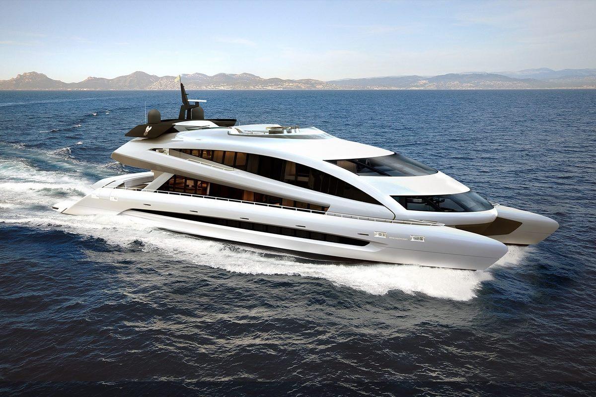 Royal Falcon RFF 135 - Un yacht conçu par Porsche