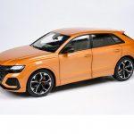 Miniature Audi RS Q8 au 1:18 chez Paragon Models