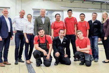 De nouveaux diplômés Porsche formés pour intervenir à Manille