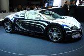 Bugatti Veyron Grand Sport «L'Or Blanc» de 2011 - Un modèle unique avec de la porcelaine