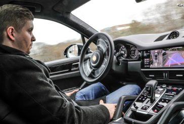 Porsche démontre la conduite autonome dans l'atelier de Ludwigsburg